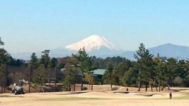 寒いのにゴルフ・・